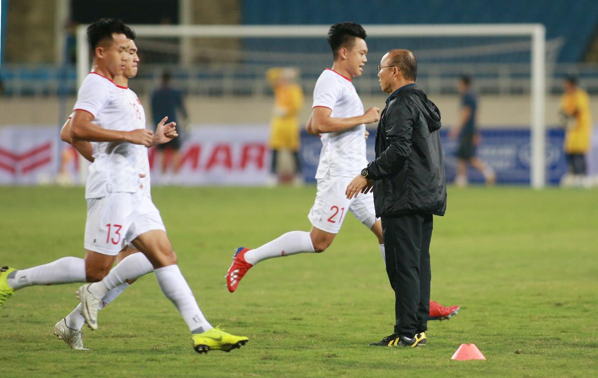 Việt Nam tập buổi cuối trước trận UAE
