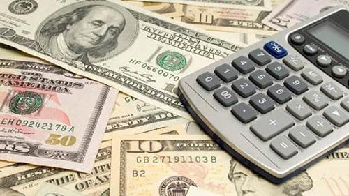 Báo cáo của CNN năm 2016 chỉ ra, trung bình một gia đình cho con du học ở Mỹ sẽ chi trả hơn 120.000 USD cho 4 năm học tại đại học tư.