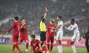 Tranh cãi về thẻ đỏ trận Việt Nam - UAE