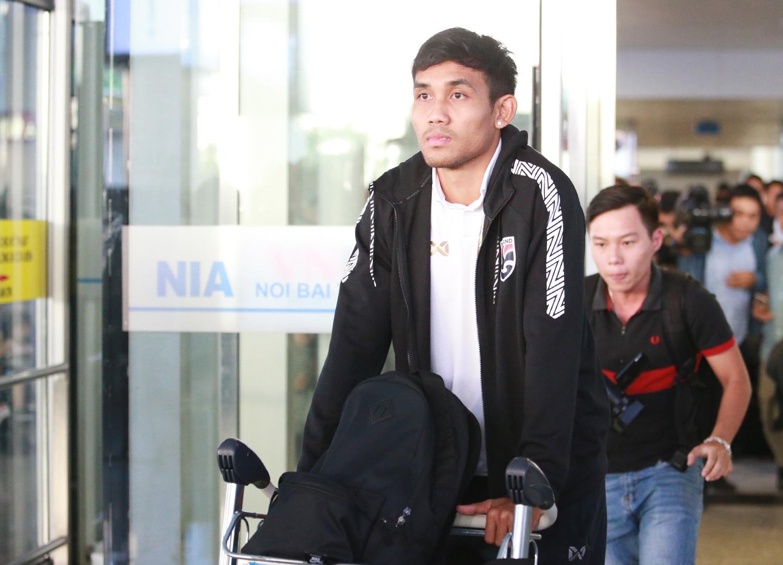 Đội tuyển Thái Lan đến Hà Nội