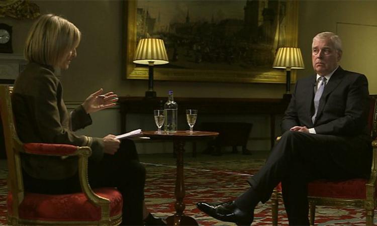 Hoàng tử Andrew trong cuộc phỏng vấn với BBC hôm 16/11. Ảnh: BBC.
