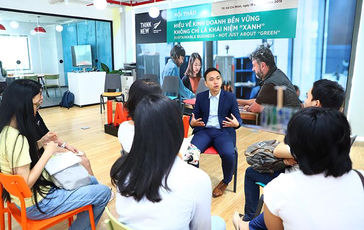 Anh Ngô Duy Quang, thạc sĩ Kinh doanh Quốc tế, Đại học Auckland