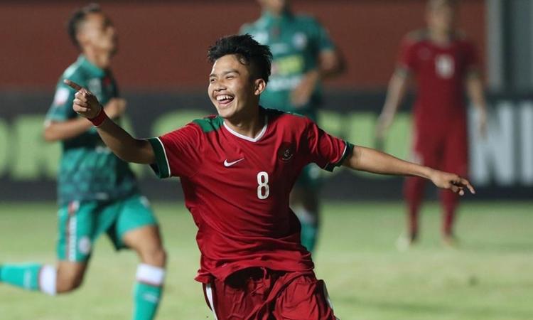 Sulaeman mới 18 tuổi nhưng đã được triệu tập vào đội U22 dự SEA Games 30. Ảnh: Bola.
