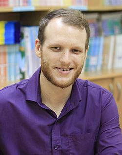 Thầy Dusti, giáo viên tiếng Anh khối THCS trường Phổ thông liên cấp Olympia. Ảnh:Dương Tâm