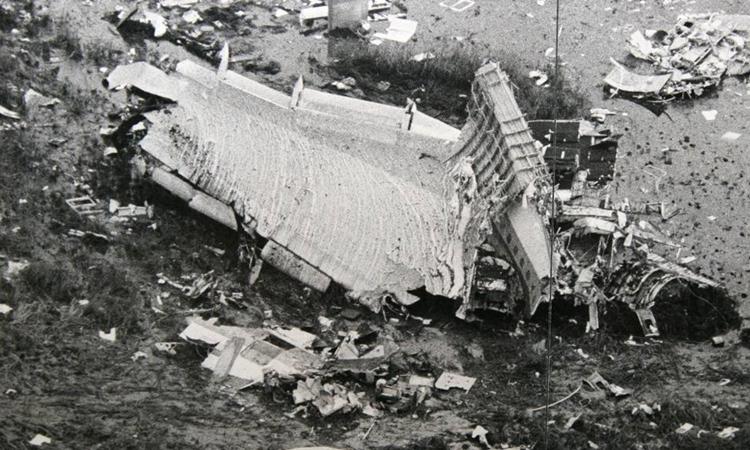 Hiện trường vụ rơi chuyếnbay 401 tại Florida năm 1972. Ảnh: Miami History.