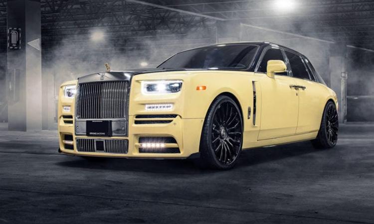 Chiếc Phantom của Drake sơn hai tông màu.