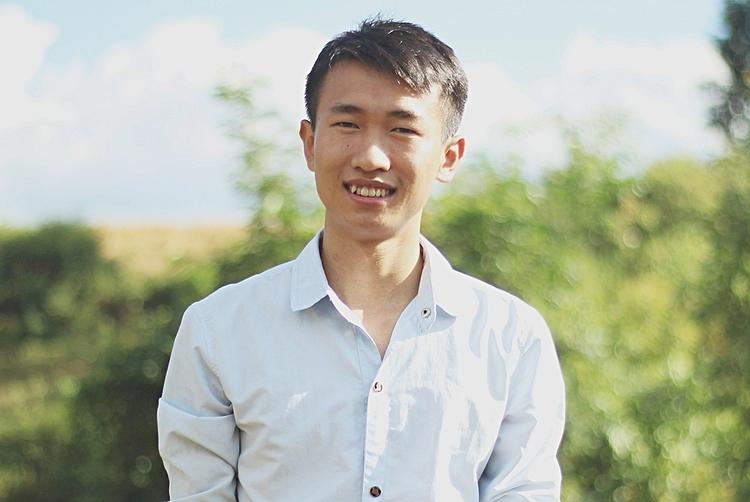 Thầy giáo Đoàn Văn Hồng. Ảnh: Thúy Quỳnh