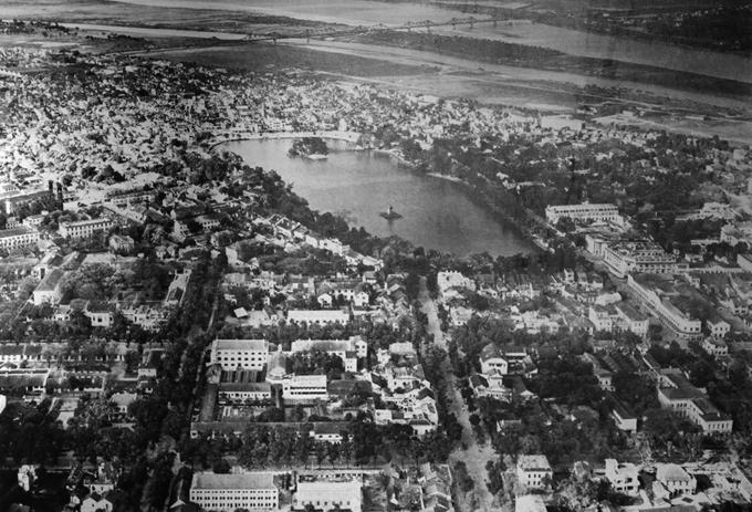 Trưng bày tư liệu thành Hà Nội cuối thế kỷ 19