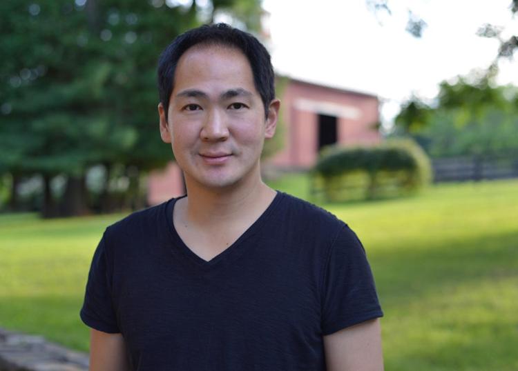 Victor Cho là CEO của nền tảng Evite. Ảnh: Thrive Global.