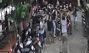 Nhóm thanh niên tấn công chủ quán cà phê ở Sài Gòn