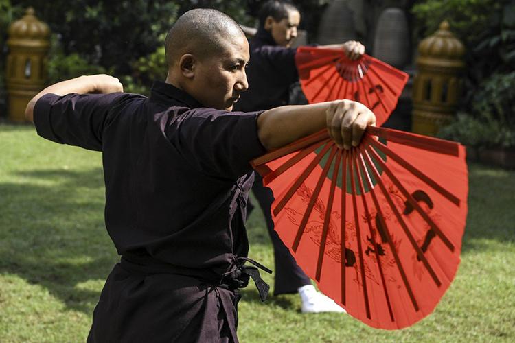 Các sư cô luyện võKung Fu tạiNew Delhi, Ấn Độ. Ảnh: AFP