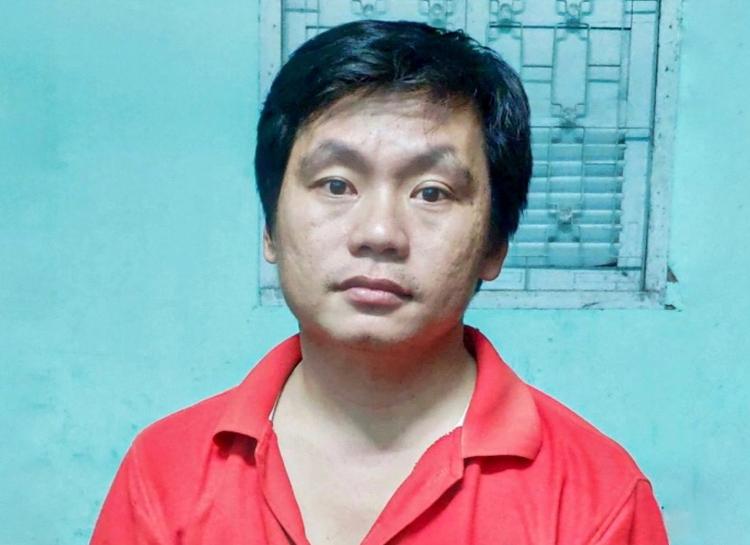 Huỳnh Lợi Phát tại cơ quan công an. Ảnh: Hoàng Nam.