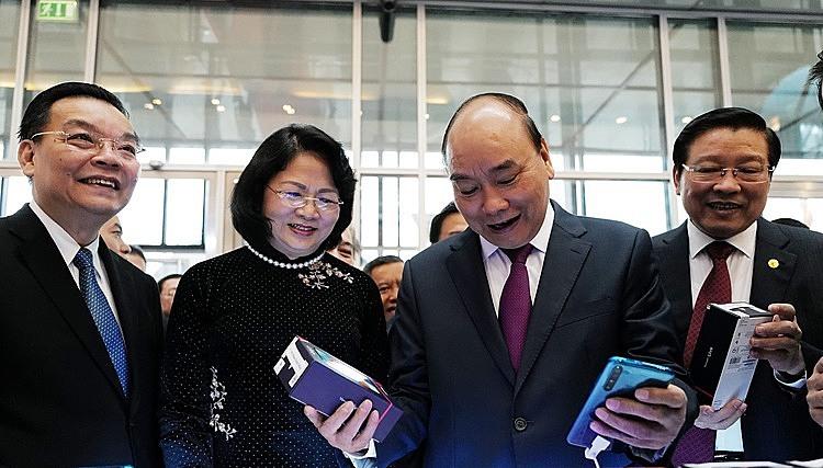 Thủ tướng Nguyễn Xuân Phúc, Phó chủ tịch nước Đặng Thị Ngọc Thịnh,Ông Phan Đình Trạc, Trưởng ban Nội chính Trung ương