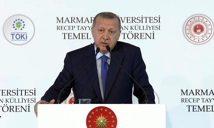 Tổng thống Thổ Nhĩ Kỳ Tayyip Erdogan phát biểu tại trường đại học Marmara, Istanbul, hôm 29/11. Ảnh: AFP.