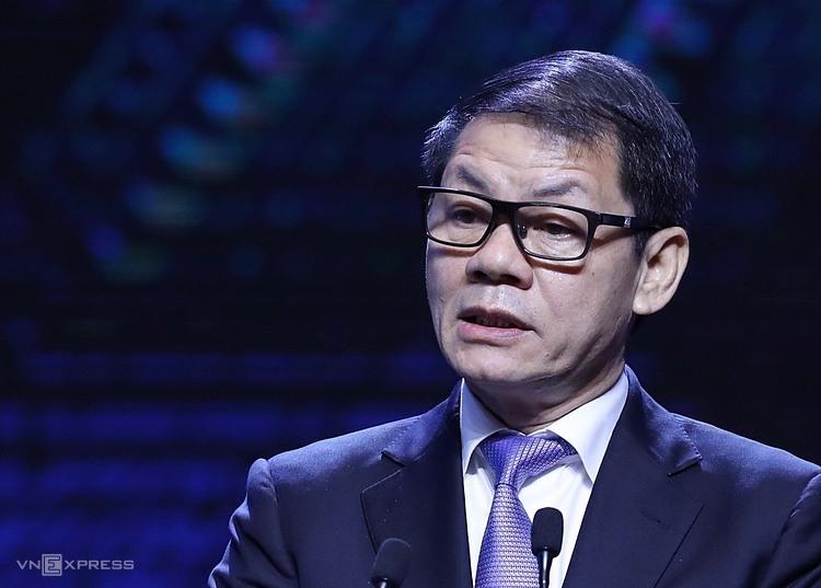Ông Trần Bá Dương ghi nhận những ứng dụng khoa học công nghệ giúp doanh nghiệp có sự phát triển vượt bậc.