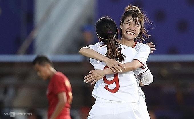 Việt Nam được ở lại Binan đá trận bán kết với chủ nhà Philippines. Ảnh: Đức Đồng.