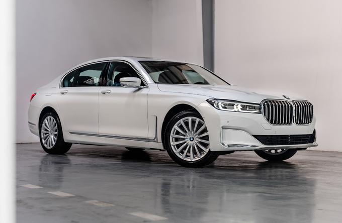 BMW 740Li mới giá 5,6 tỷ tại Việt Nam