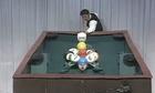 Cơ thủ Nhật đi một cơ dọn sạch bàn bi-a