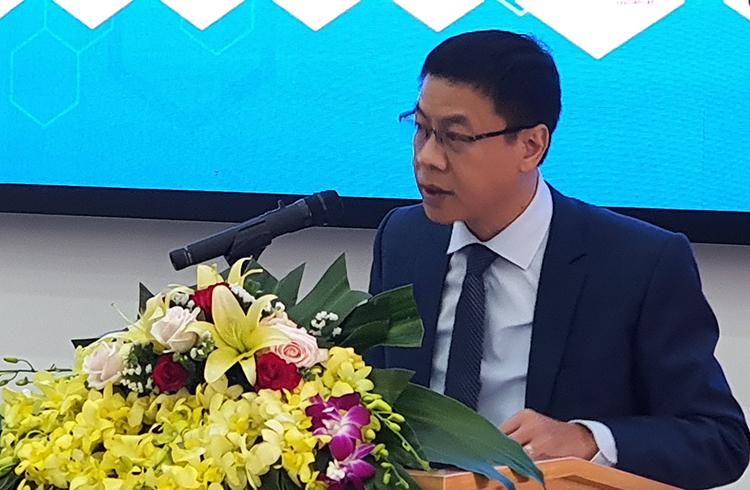 Thứ trưởng Lê Xuân Định