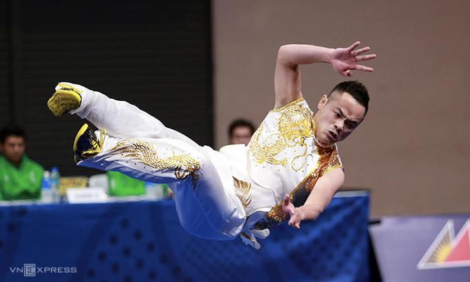 Sau nhiều năm lỡ hẹn, Phạm Quốc Khánh đã tìm được tấm HC vàng SEA Games. Ảnh: Lâm Thỏa.