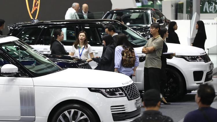 Triển lãm ôtô quốc tế Thái Lan tại Bangkok chủ đạo với dòng xe tiết kiệm nhiên liệu. Ảnh: Rie Ishii