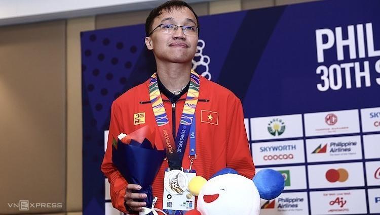 Trường Sơn thất vọng khi để mất HC Vàng cờ nhanh tại SEA Games. Ảnh: Phạm Đương.
