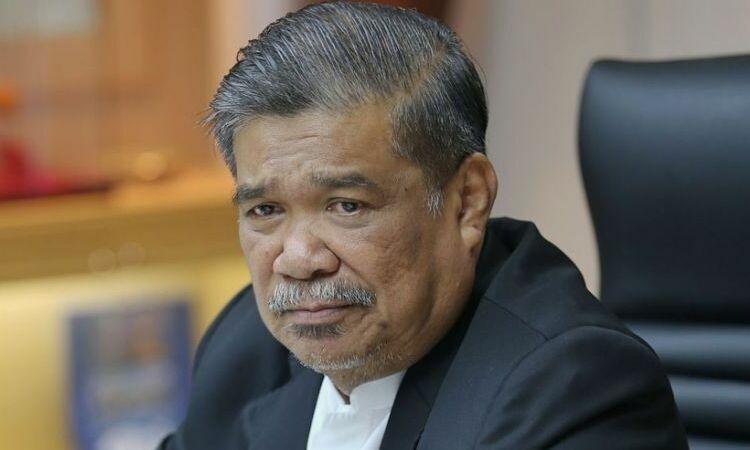Bộ trưởng Quốc phòng Malaysia Mohamad Sabu trong một cuộc họp báo tại thủ đô Kuala Lumpur hôm 19/4. Ảnh: Malay Mail.