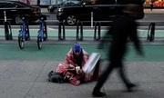 Sang Mỹ làm người nghèo