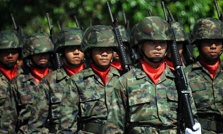 Các binh sĩ quân đội Thái Lan trong một cuộc duyệt binh hồi năm 2016. Ảnh: AFP.
