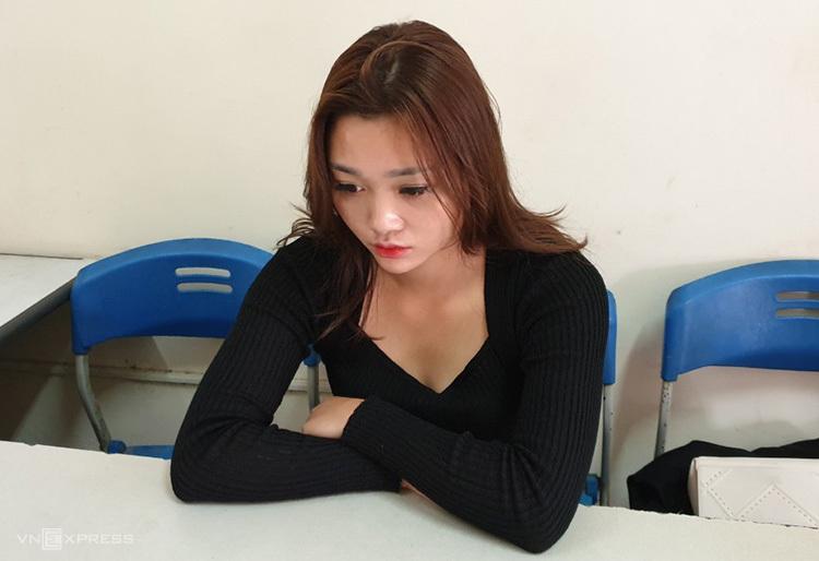 Nguyễn Thị Tiên tại công an tỉnh Nghệ An ngày 4/12. Ảnh: Anh Thư.
