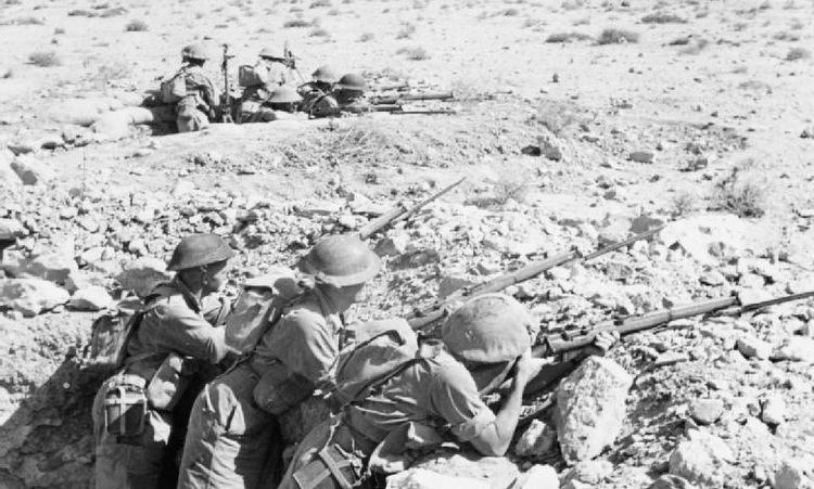 Lính Đồng minh phòng thủ tại Tobruk cuối năm 1941. Ảnh: Wikipedia.