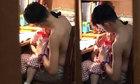 Bé gái khóc mãi bỗng im bặt bởi hành động của anh trai
