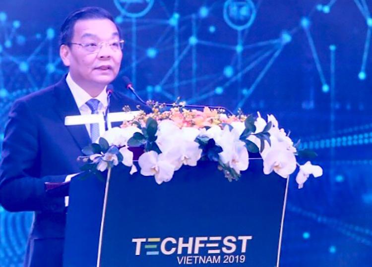 Bộ trưởng Chu Ngọc Anh phát biểu khai mạc. Ảnh: V. Quyết.