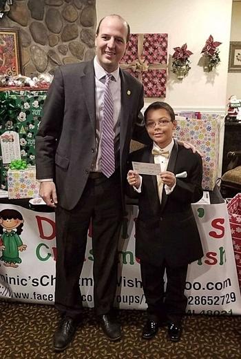 Dominic nhận được ủng hộ từ nhiều cá nhân, tổ chức. Ảnh: ABC News