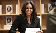 Michelle Obama quyên góp tiền bán sách cho giáo dục