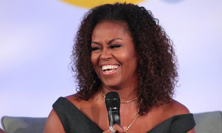 Cựu đệ nhất phu nhân Mỹ Michelle Obama phát biểu tại hội nghị quỹ Obama ở bang Illinois cuối tháng 10. Ảnh: AFP.