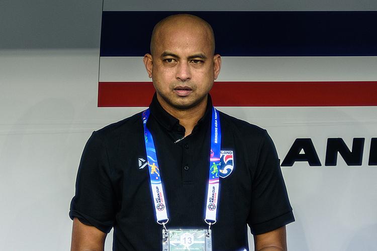 Choketawee từng là trợ lý tại đội tuyển Thái Lan giai đoạn 2014-2015 và 2018-2019.