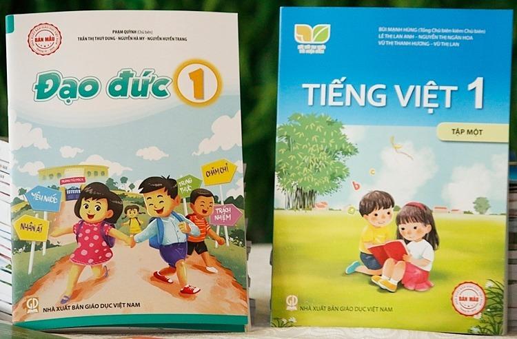 Sách Đạo đức và Tiếng Việt 1 của Nhà xuất bản Giáo dục Việt Nam. Ảnh: Thanh Hằng