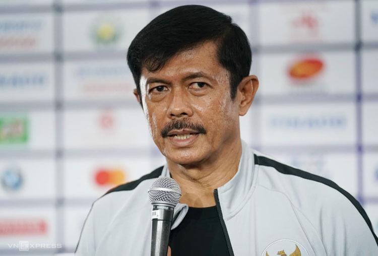 HLVIndra Sjafri tuyên bố Indonesia là ứng viên sáng giá nhất cho tấm HC vàng SEA Games trong buổi họp báo tại Rizal Memorial chiều 6/12. Ảnh: Đức Đồng