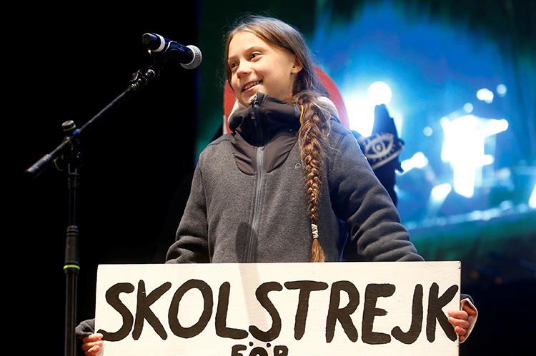 Thunberg phát biểu vào cuối cuộc biểu tình về khí hậu ở Madrid, Tây Ban Nha tối 6/12. Ảnh: Reuters