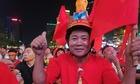 Hàng nghìn CĐV ăn mừng Việt Nam vào chung kết SEA Games