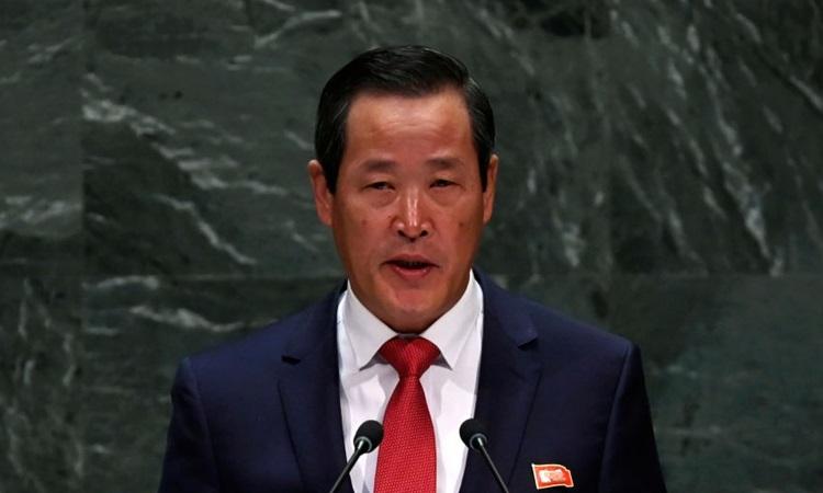 Đại sứ Triều Tiên Kim Song phát biểu trong cuộc họp của Đại hội đồng Liên Hợp Quốc hôm 30/9. Ảnh: AFP.