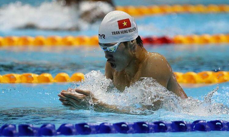 Hưng Nguyên gây ấn tượng mạnh khi giành hai HC vàng ở lần đầu dự SEA Games. Ảnh: Quang Huy.