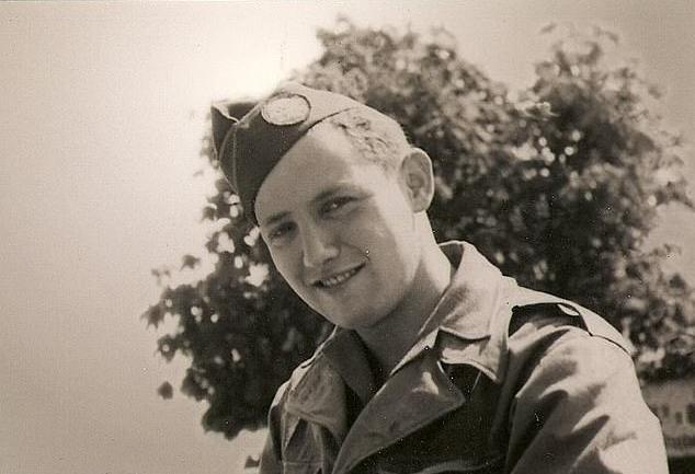 David Wisnia vào năm 1945. Ảnh: NYTimes.