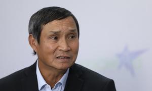 HLV Mai Đức Chung: 'Cầu thủ nữ khổ quen rồi'