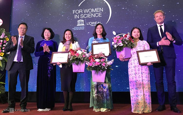 Vinh danh ba nhà khoa học nữ tiêu biểu năm 2019