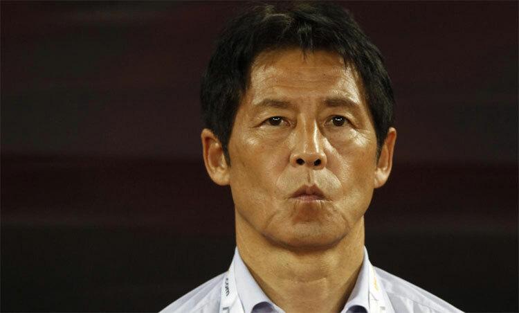 Akira Nishino không muốn chuẩn bị sớm cho U23 châu Á. Ảnh: Bangkokpost