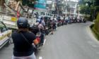 Kẹt xe trong ngăn nắp ở nước ngoài và sự vô can của người Việt