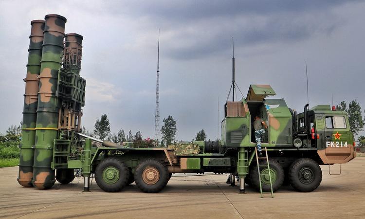 Tên lửa phòng không HQ-9 của Trung Quốc. Ảnh: 81.cn.