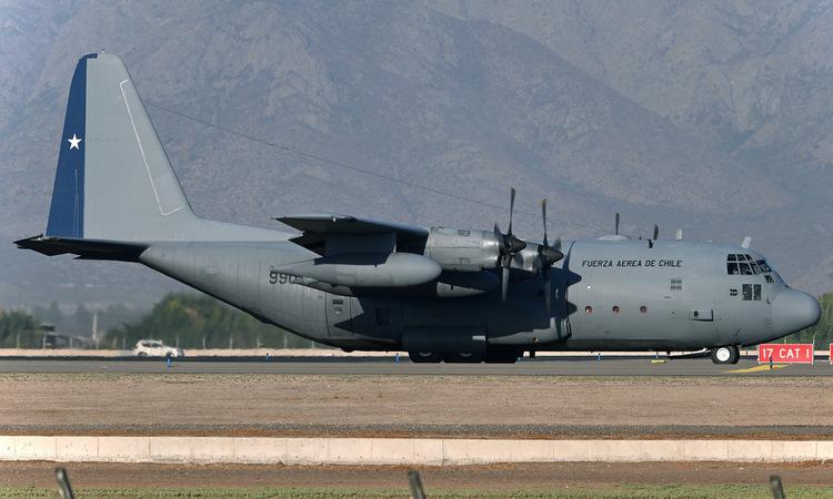 Chiếc C-130 số hiệu 990 tại một sân bay Chile đầu năm 2019. Ảnh: Airliners.